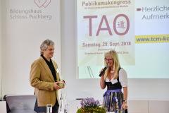 Referent Dr. Peter Aluani und Moderatorin Mag.a Sabine Hönig